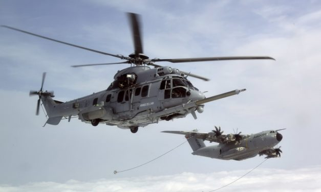 the DGA organizes a helicopter refueling test campaign
